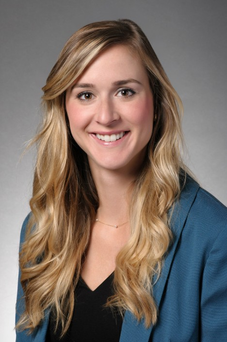 Corporate headshot of female in Chicago